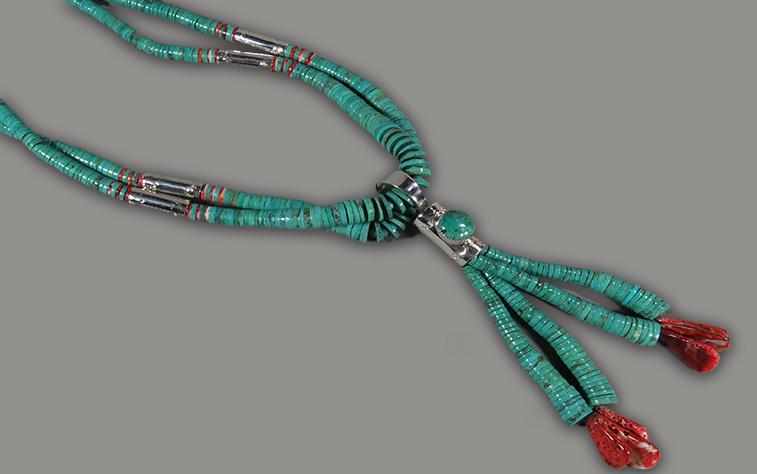 pueblow_neckware