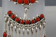 Pin/pendant by Lorraine Waatsa