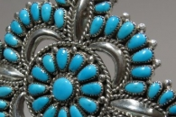 Star Pin/pendant by Lorraine Waatsa