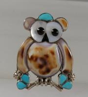 Owl pin/pendant by E. Leekity